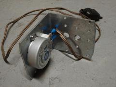 moteur 220V, conso 4W
