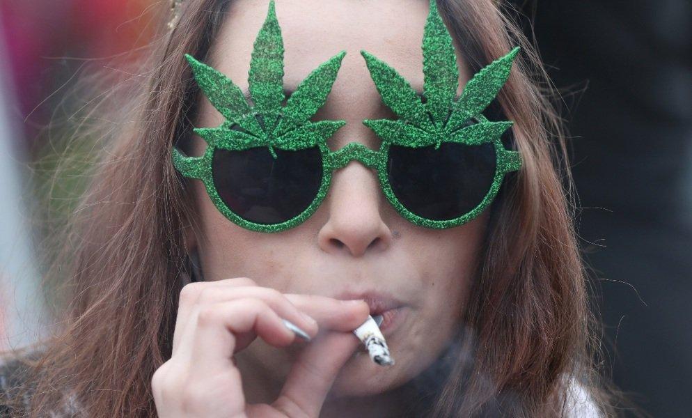 Le partage des recettes de la vente de cannabis divise le Canada