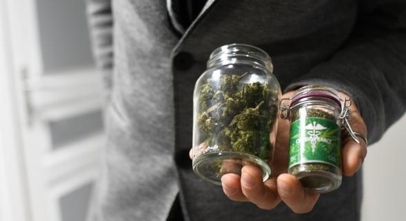 Annecy: sorte de «cannabis légal», le CBD débarque en ville