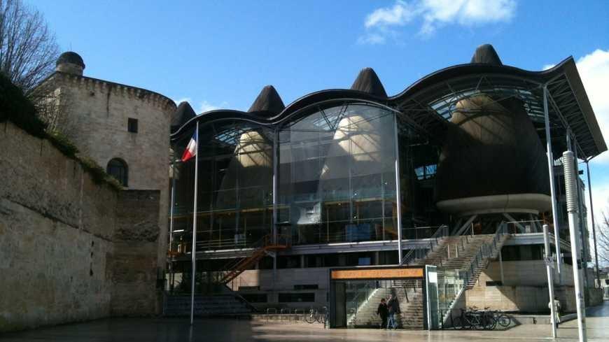 Ouverture d'un commerce de CBD à Bordeaux : le Cabinet d' avocats évite la fermeture de l'établissement