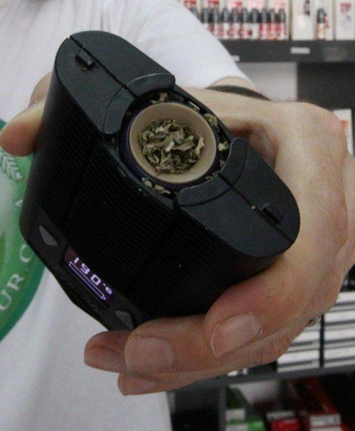 Cannabis : le joint dépassé par le vaporisateur ?