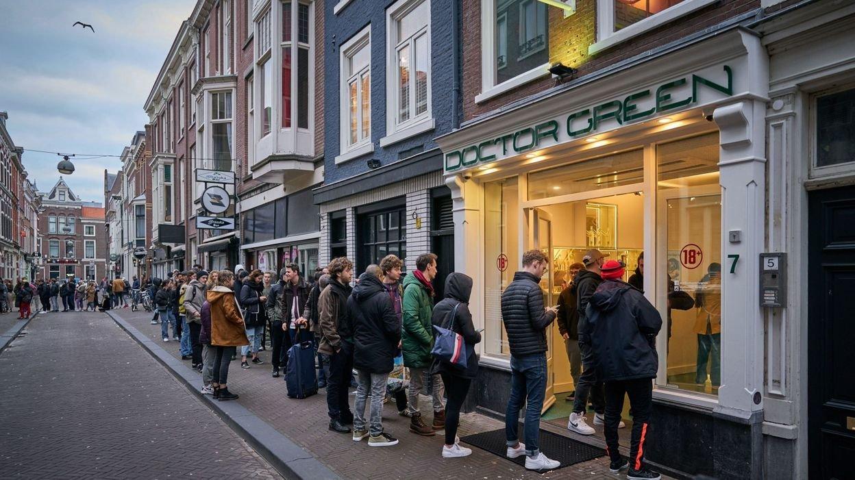 Les Néerlandais se ruent dans les coffee shops #covid-19