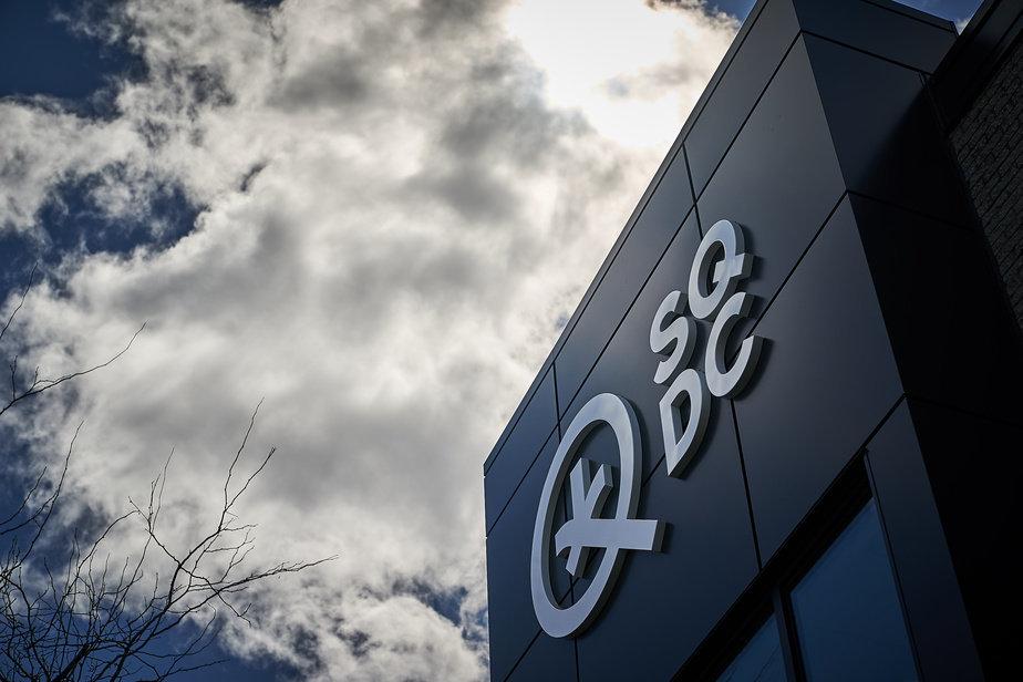 la Société québécoise du cannabis (SQDC) a réalisé un bénéfice de 26,3 millions pour sa première année complète d'exploitation