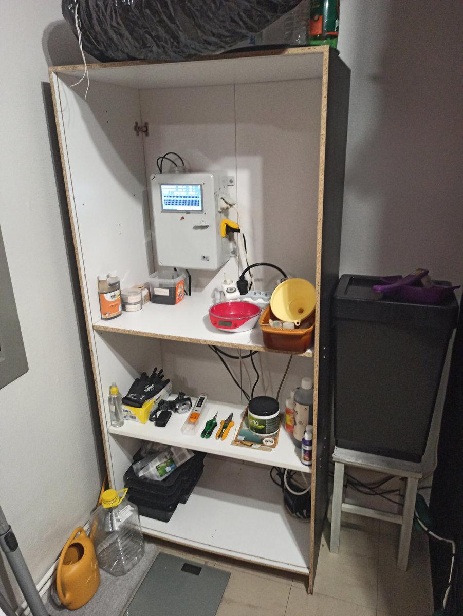 growduino armoire