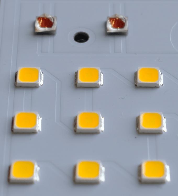 zoomed-in-led-chips-768x847.thumb.png.eeba9b097514dd1920e17e95baabd9d5.png